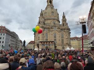Dresden-Kundgebung_für_Weltoffenheit_am_10._Januar_2015-07